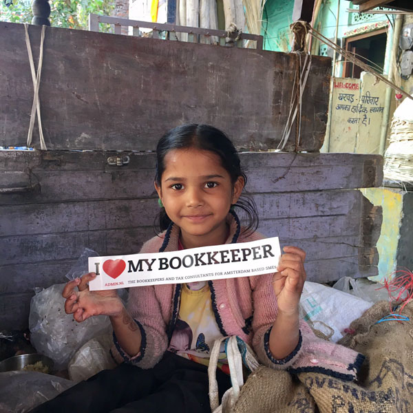 107. www.admin.nl - I love my bookkeeper - sticker - India child - cost effective marketing - online accounting - cloud services - accountant - income tax - ICB .jpg